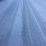 今朝も雪が少し積もったので歩いて出勤しました